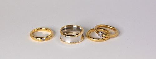 4 rings