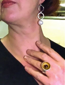 garnet and gold leaf ring