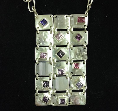 linked squares necklace